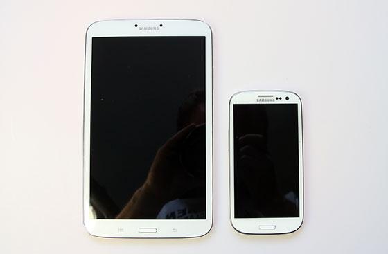 Samsung-Galaxy-Tab3-8.0-Galaxy-SIII