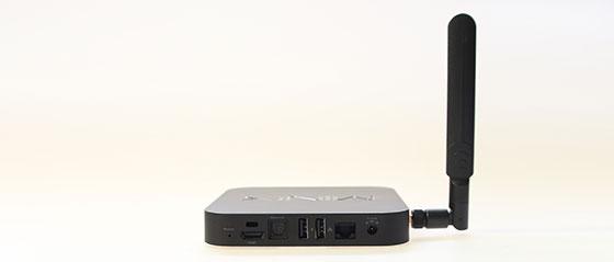 Minix-Neo-X7-Achterkant