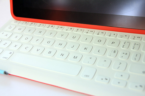 Logitech FabricSkin iPad