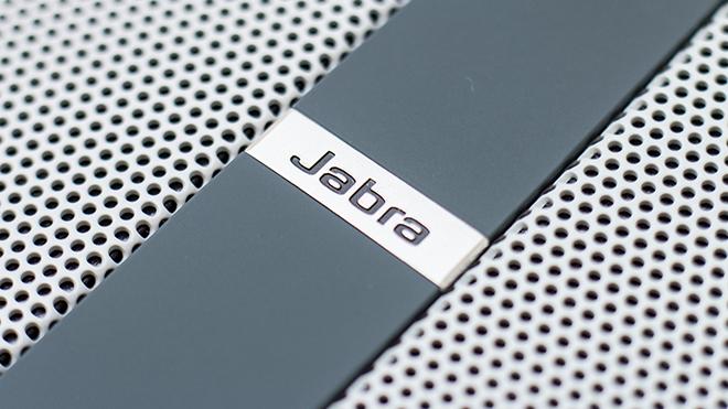 Solemate-MAX-Jabra-Logo