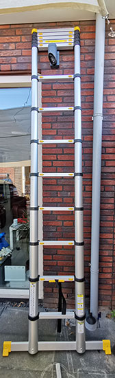 Mr Safe Telescopische Ladder 4.6m uitgeklapt