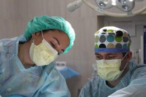Artsen met mondkapjes