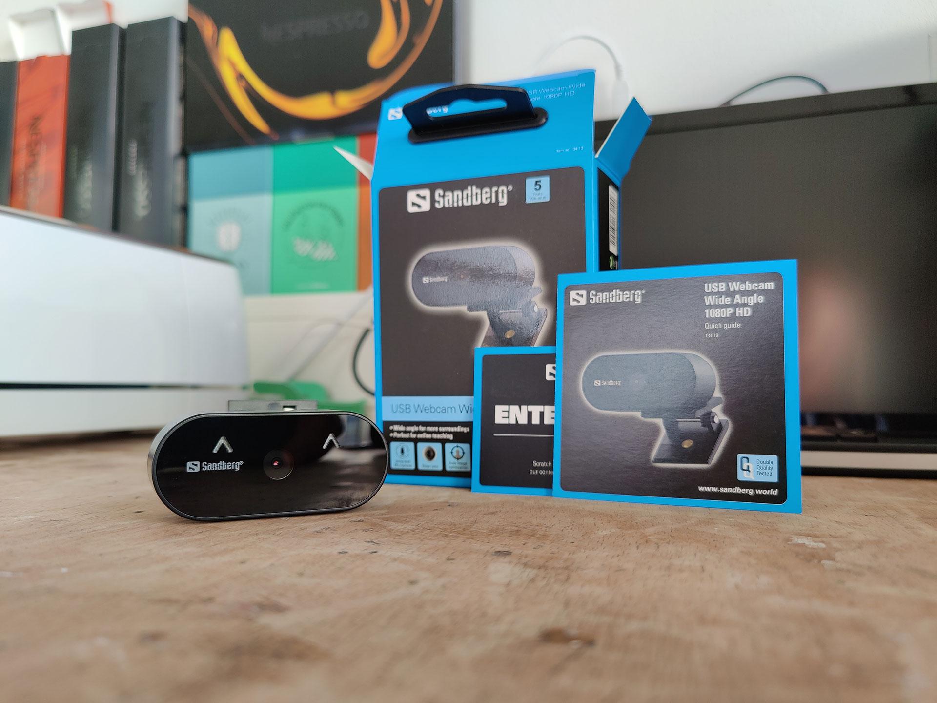 De Sandberg USB Webcam Wide Angle 1080P HD uitgepakt