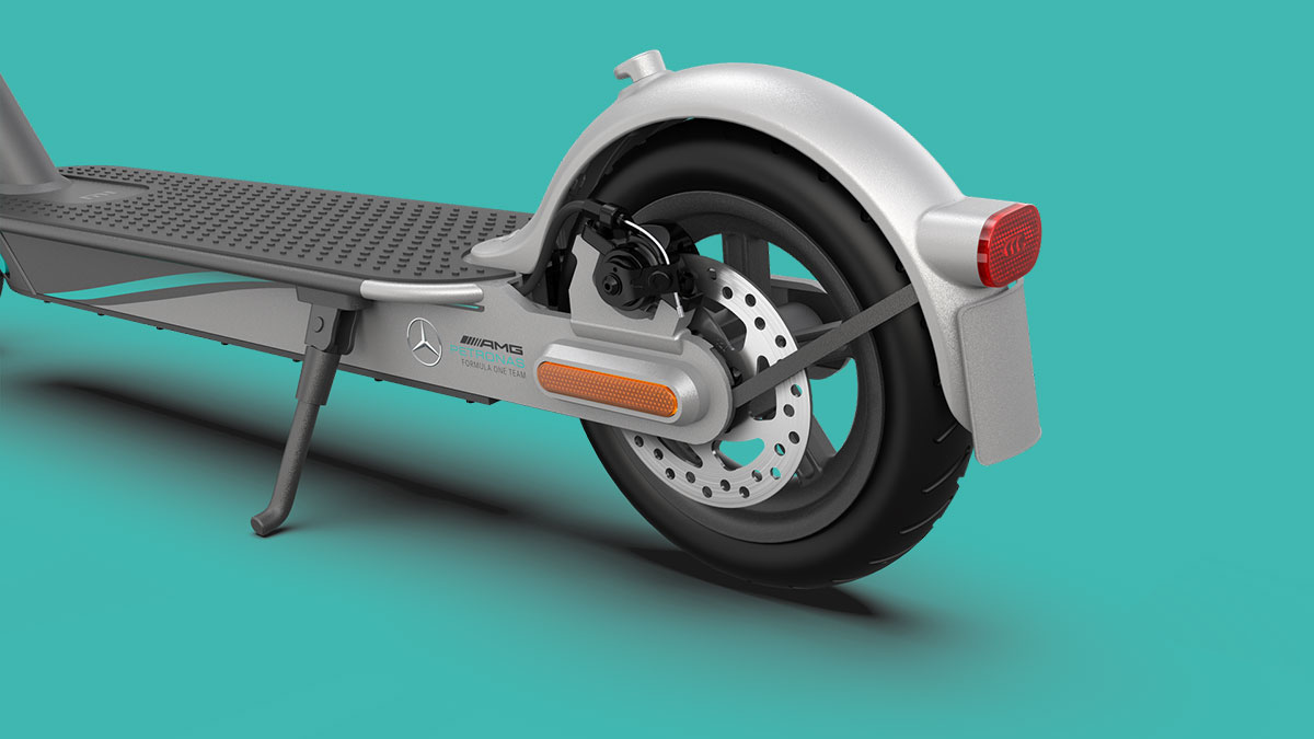 Mi Electric Scooter Pro 2 Mercedes-AMG Petronas F1 Team Edition Achterwiel met AMG branding